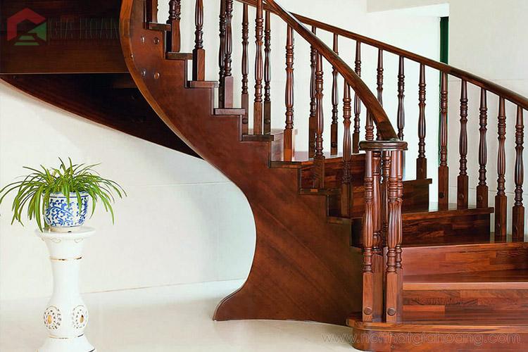 Mẫu cầu thang gỗ Gõ Đỏ sang trọng