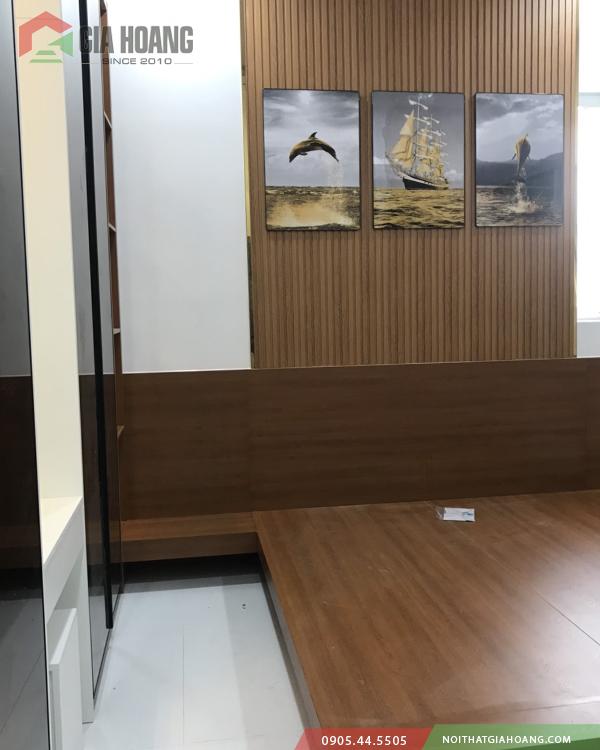 Giường gỗ công nghiệp MDF phủ milamin chống ẩm cùng lam sóng trang trí