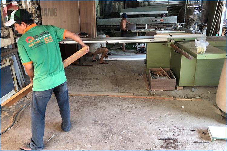 Xưởng gia công sản xuất nội thất gỗ tự nhiên Gia Hoàng