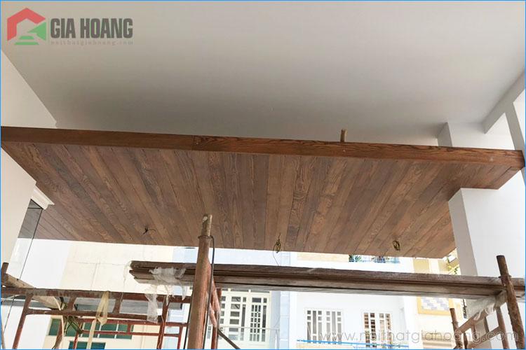 Công trình gỗ Tần Bì ngoài trời quận 5 tphcm