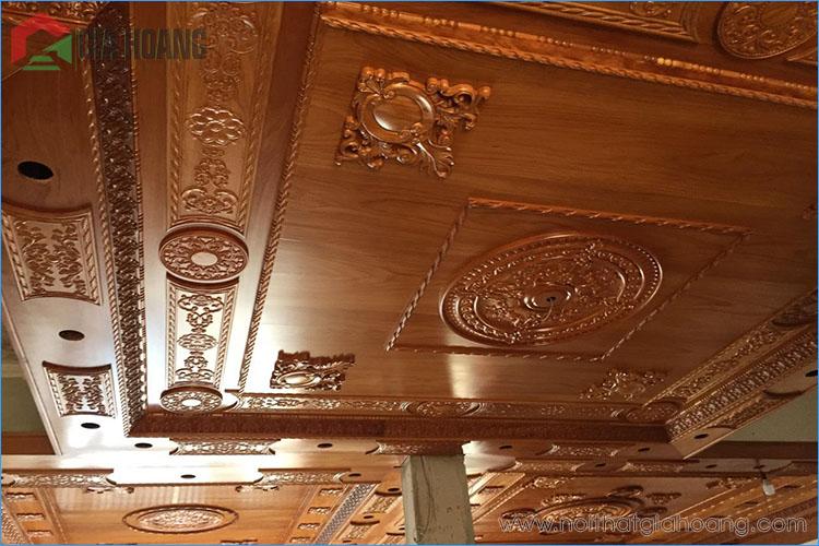 Họa văn khắc gỗ thủ công tinh xảo