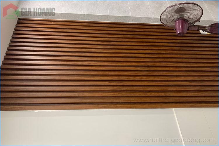 Tấm lam tường gợn sóng gỗ Óc Chó