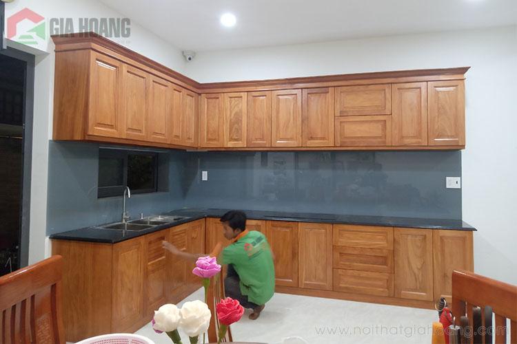 Thực tế nội thất tủ bếp gỗ Gõ Đỏ tự nhiên