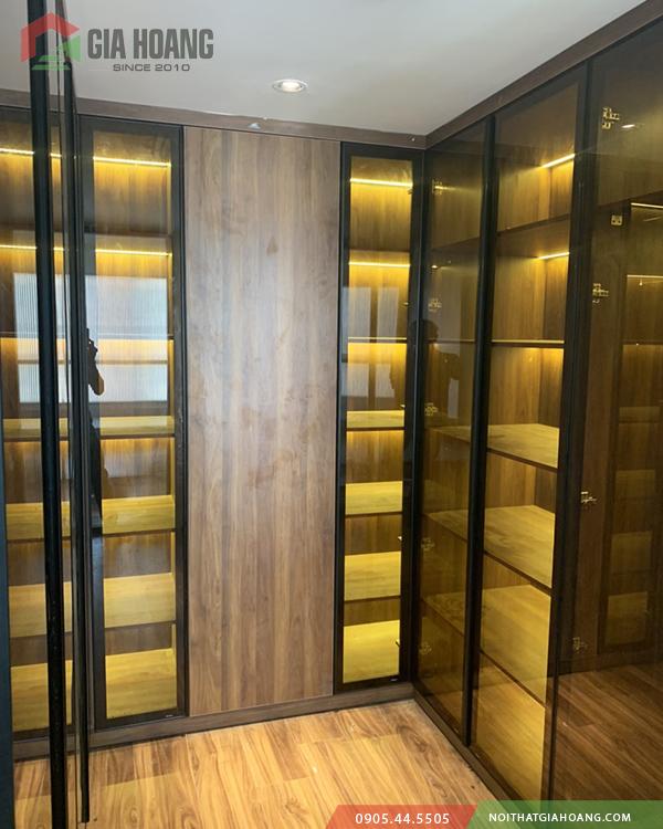 Hoàn thiện tủ nội thất cánh kính tại quận 2 HCM