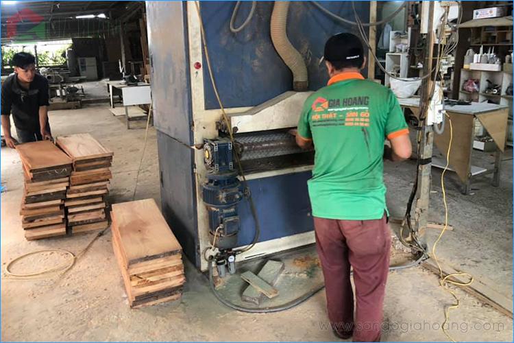 Xưởng gia công sản xuất gỗ tự nhiên Gõ Đỏ Gia Hoàng