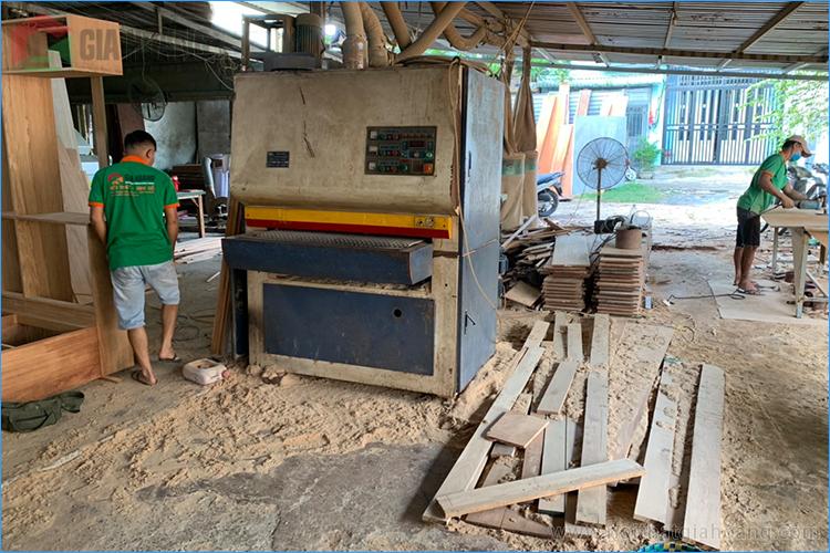 Xưởng nội thất gỗ Căm Xe Gia Hoàng